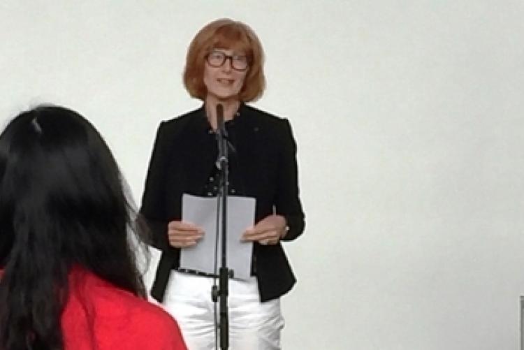 Dr. Lida von Mengden, die Kuratorin der Ausstellung